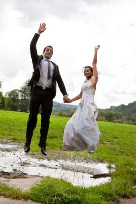Brautkleidreinigung Brautkleid reparieren